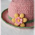 スタークロッシェハットと羊毛お花ブローチ