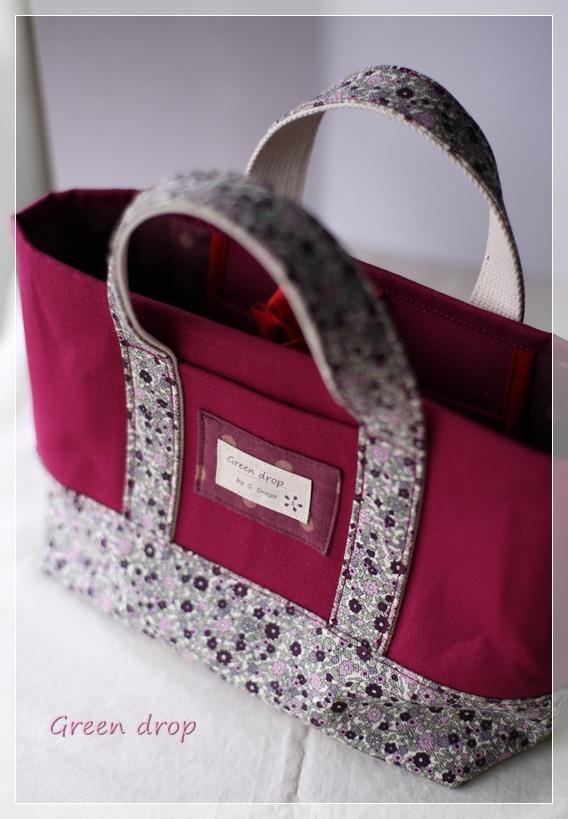 花柄帆布のトートバッグ